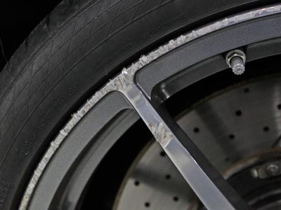 how to fix scratched alloy rims